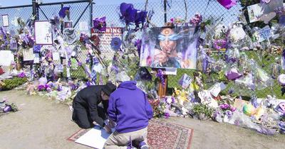 Prince - Paisley Park Virtual Memorial